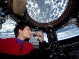 Conheça a ciência por trás da primeira xícara de café bebida no espaço